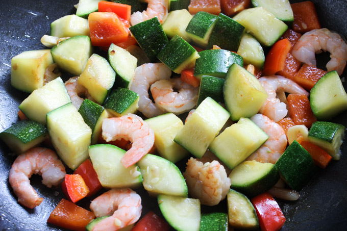 Shrimp with Zucchini (4 of 8)