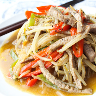 Tasty Beef and Bean Sprouts