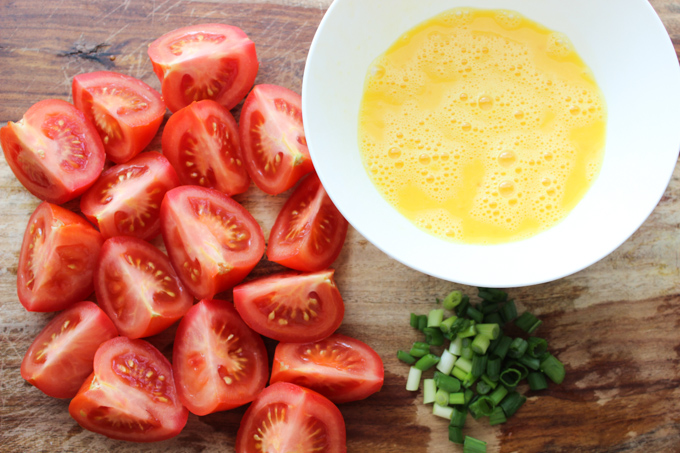 Egg and Tomato Ingredients