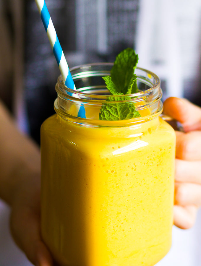 Fresh Mango Smoothie with Mango Ice Cubes