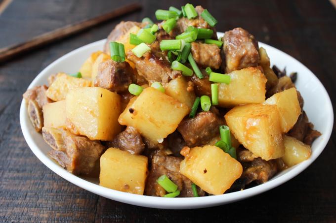 Korean-style pork ribs with potato-11