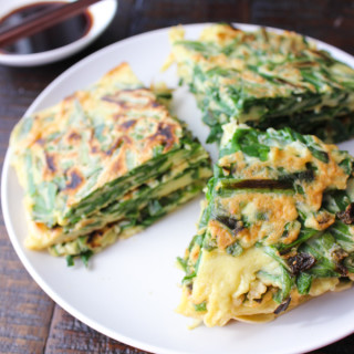 Chive Pancake with soy sauce