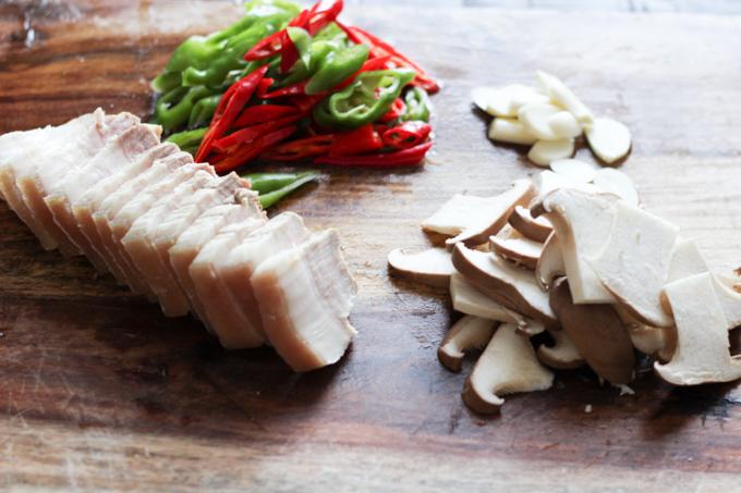 Pork Belly and Mushroom Ingredients