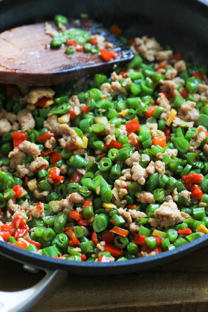 Minced pork with string beans in a pan